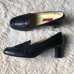 Cole Hahn black leather heeled loafers